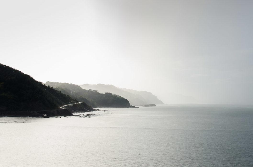 photo d'une route de montagne dans les pays basques espagnols