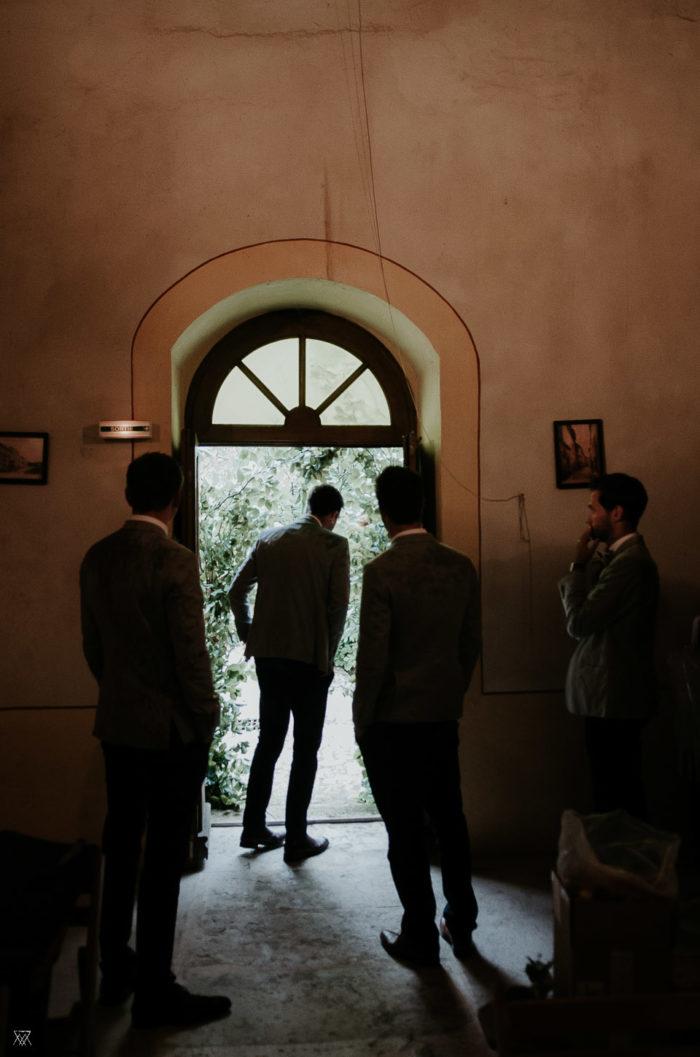 Church entrance groom Wedding photographer Milie Del Drôme