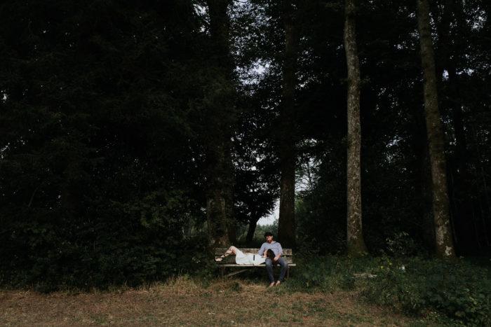 seance engagement banc couple mariage photographe mariage