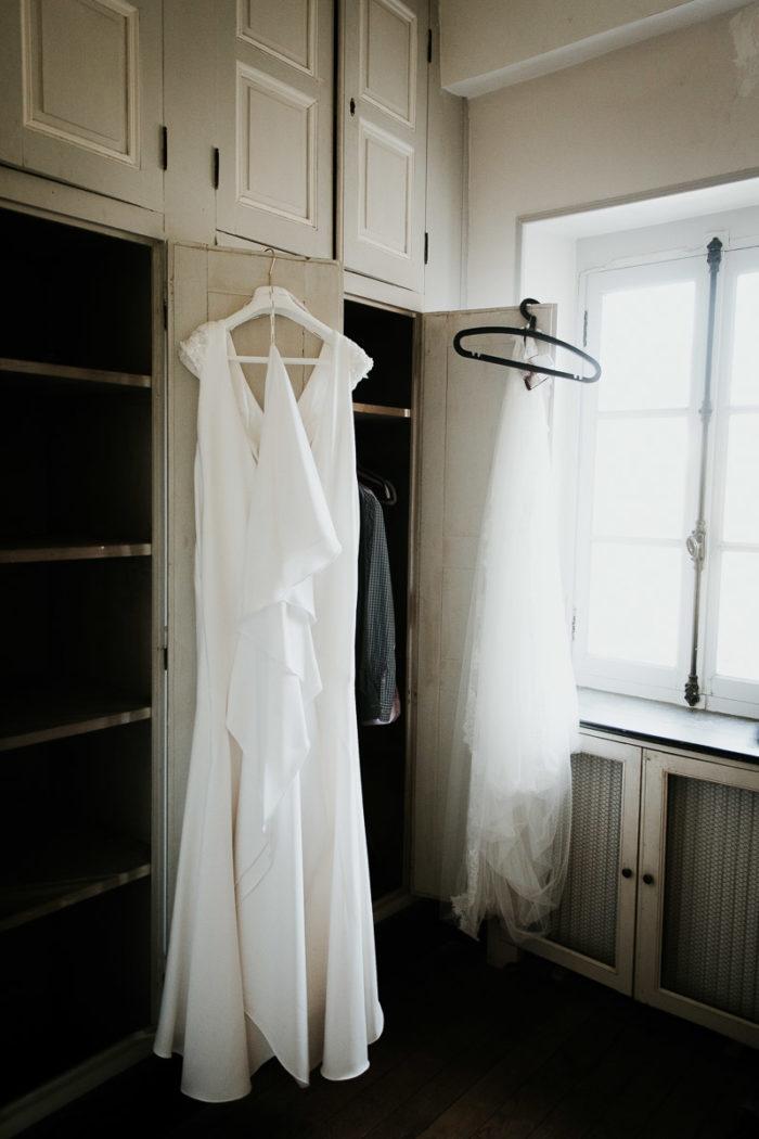 robe mariee accrochee mariage boheme chic