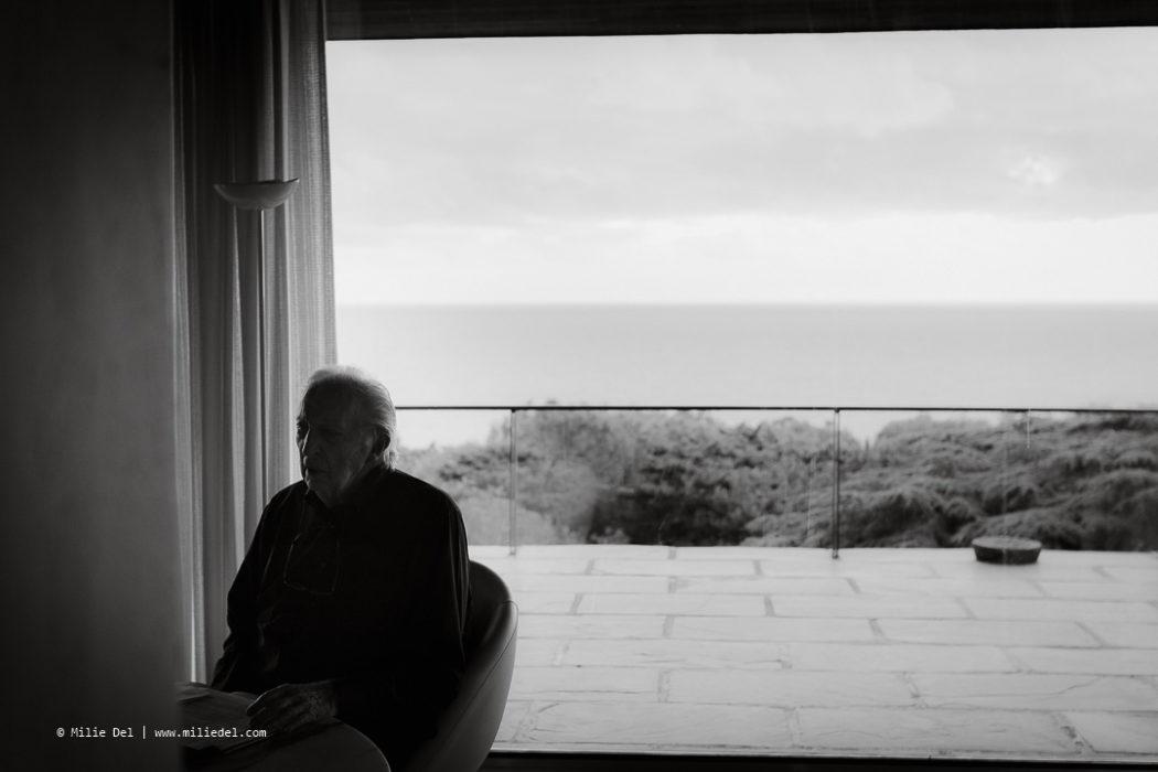 Portraits maison Sète Pierre Soulages black and white Monopol Magazin by Milie Del Photographer