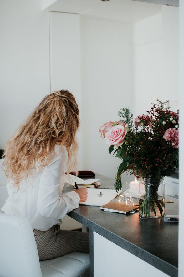 coach travaillant bouquet roses paris