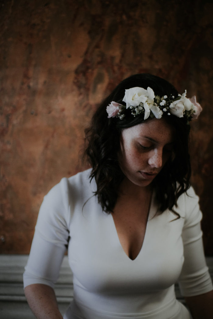 bride wedding portrait flowers white