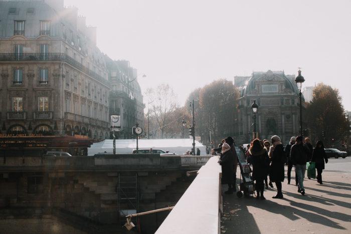 sunset people brigde paris winter